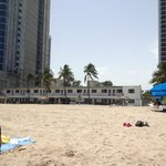 zona en construccion, vista desde la playa.