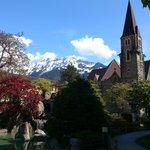 Interlaken - Restaurant Taverne - japanese garden with church
