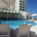 Swim up Bar (pool)