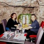 Moi, ma femme et mon toutou sous la montagne