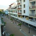 vista desde el balcon hacia la calle
