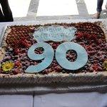La torta della festa per i 90 anni
