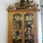 collect Bears so was interested in this collection tucked away in the breakfast room