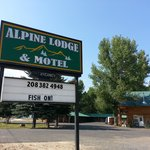 alpine lodge sign