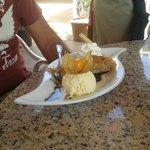 """Dessert""""Apfelsrudel mit Vanilleeis"""""""