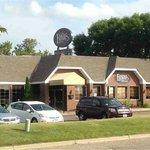 Ernie's Pub & Grille-Exterior