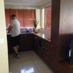 1 bedroom ground floor apartment kitchen