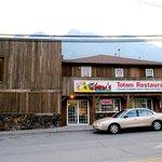 Totem Restaurant in Lillooet, BC - exterior