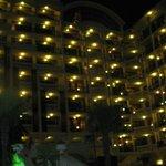 מלון בחושך