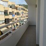 amplio balcón