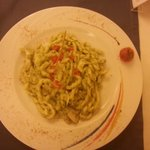 busiate al pesto verde e filetto di spigola