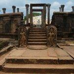 The first Dageba in Sri Lanka