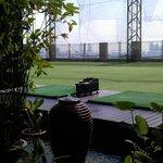 terrasse et practice de golf