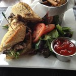 Pulled Duck sandwich