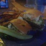 basic burger w/guacamole added