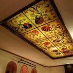 потолок комнаты