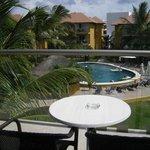 """vue de notre chambre sur la piscine """"prefered guest"""""""