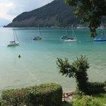 Karibisches Blau Emfang uns jeden Tag am See