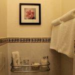 Beau Nash small double en-suite room