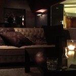 Wyndham Apollo Hotel bar