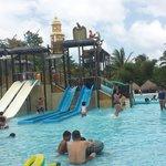 Área de niños en el parque acuatico