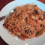 Spaghetti with tomato sauce and vegetables