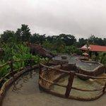 aguas termales  frente al restaurat