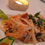 Crunchy lotus salad with prawn