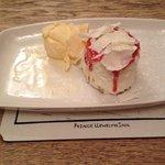 Strawberry fluff cheesecake