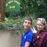 Two happy visitors at Le Clos Fleuri