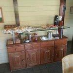 """Mesa tipo """"buffet"""" - simples mas com qualidade"""