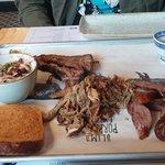 Foto de Slim's Pork Chop Express