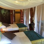 Double room tent N4