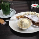 Fresh mint tea and Dutch apple pie with ice cream