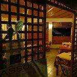 Tassos Grill, Moraitika: Ground floor entrance at night