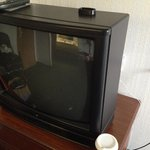 Old crappy tv with crappy video & sound quality