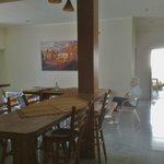 Küche Wohnung 4 mit Tresen
