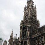 Ls torre del reloj del ayuntamiento