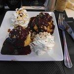 Profiteroles (con gelato nel bignè)