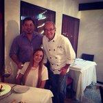 Una foto con el chef una excelente persona