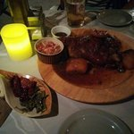 Коци (свинная рулька с тушеным картофелем)