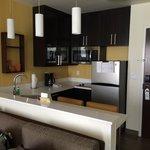 Gorgeous kitchen.  Prettier then mine!