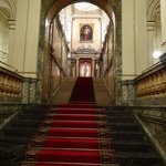 ロビー階からの階段