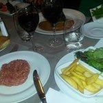 Steak tartare 'aux poivre...'