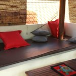 DAY BED OUTSIDE LOUNGE AREA