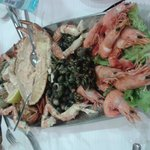 Seafood plater we ate....mmmmm...delicios :)))
