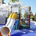 Новый бассейн для детей