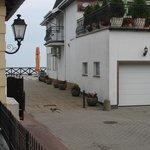 jedyny plus hotelu...wycinek morza widziany z okna
