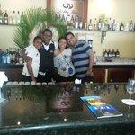 Geraldo con nosotros en bar Macao