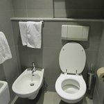 Ванная комната в белом стиле